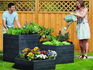 Modular Raised Bed System with man and woman