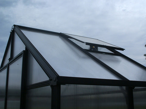 Open roof vent of the Riverstone Monticello Patio Greenhouse 8x4