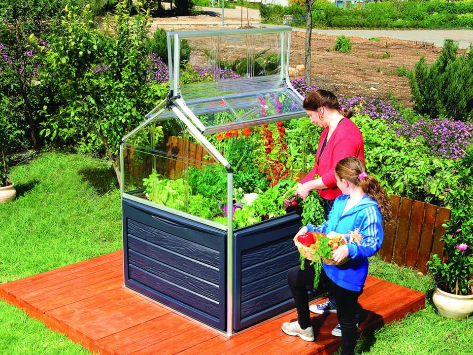 Palram 4ft x 4ft Plant Inn™ Full view - with two people gardening