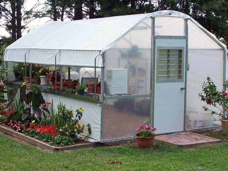 Riverstone Industries (RSI) 10ft x 16ft Carver Educational Greenhouse  R1016-P