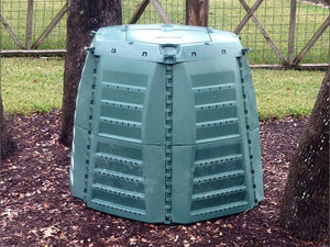 Thermo Star Jumbo Composter in the backyard