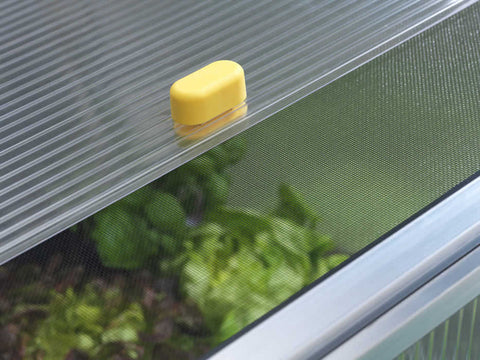 Detail view of the double layer roof window of the Juwel BioStar 1000 Premium Cold Frame 3ft x 2ft