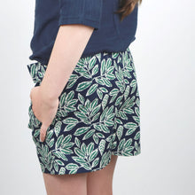 Load image into Gallery viewer, Zero Waste Bow Shorts Pattern