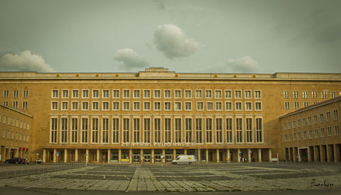 Airport Tempelhof - Canvas Prints