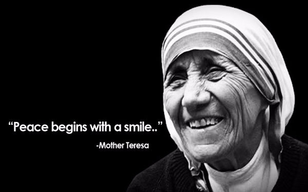Peace Begins with a Smile.. - Mother Teresa Quotes - Art Prints