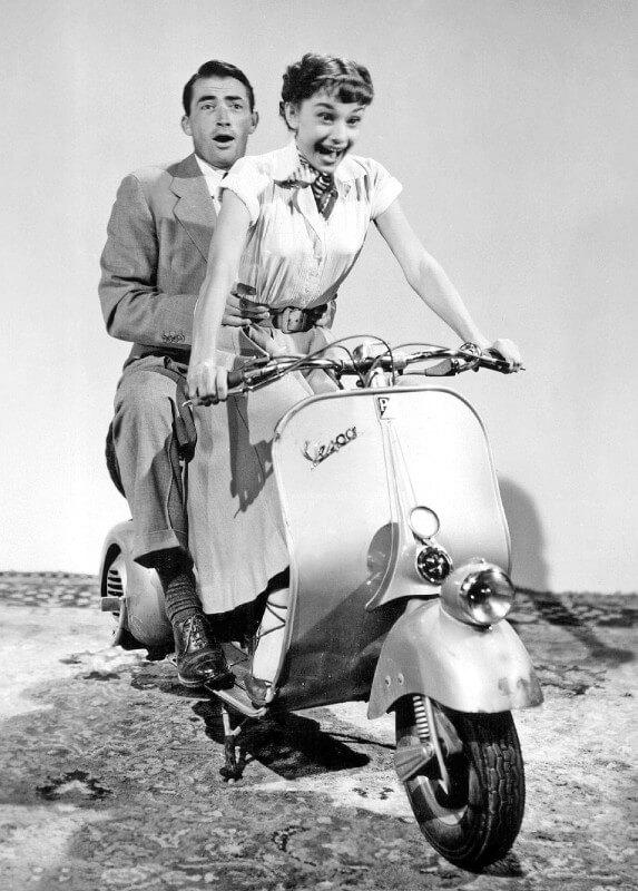 Classic Movie Still - Roman Holiday - Audrey Hepburn and Gregory ...