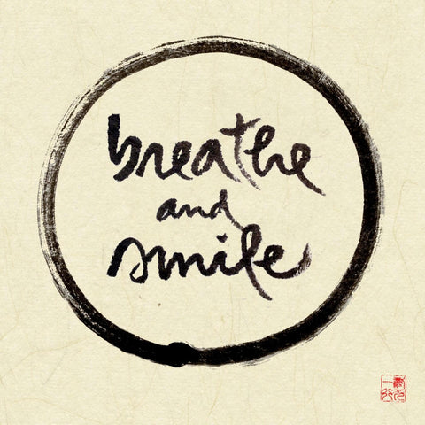 Thich Nhat Hanh - Mindfulness - Breathe And Smile
