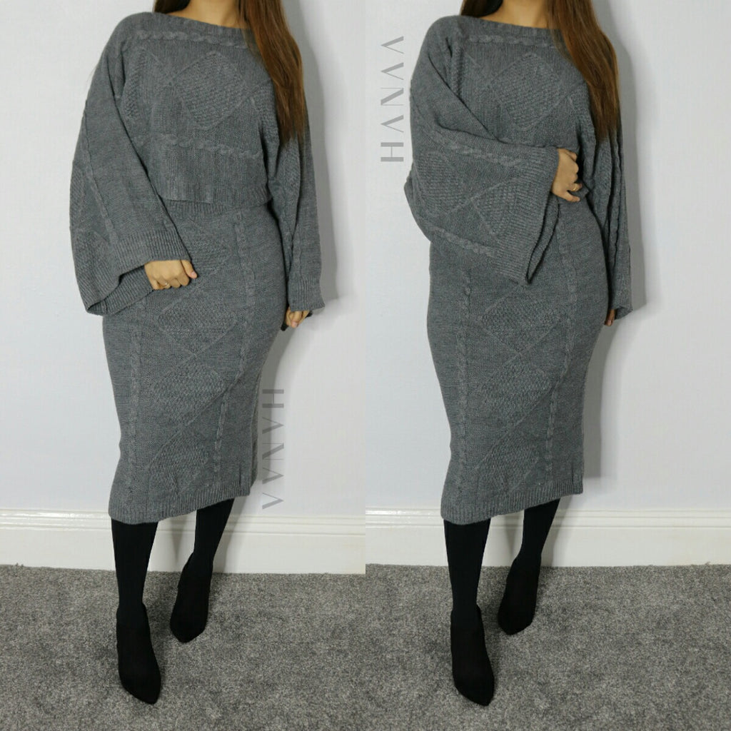 FLARED SLEEVE KNIT MIDI CO ORD SET - Grey