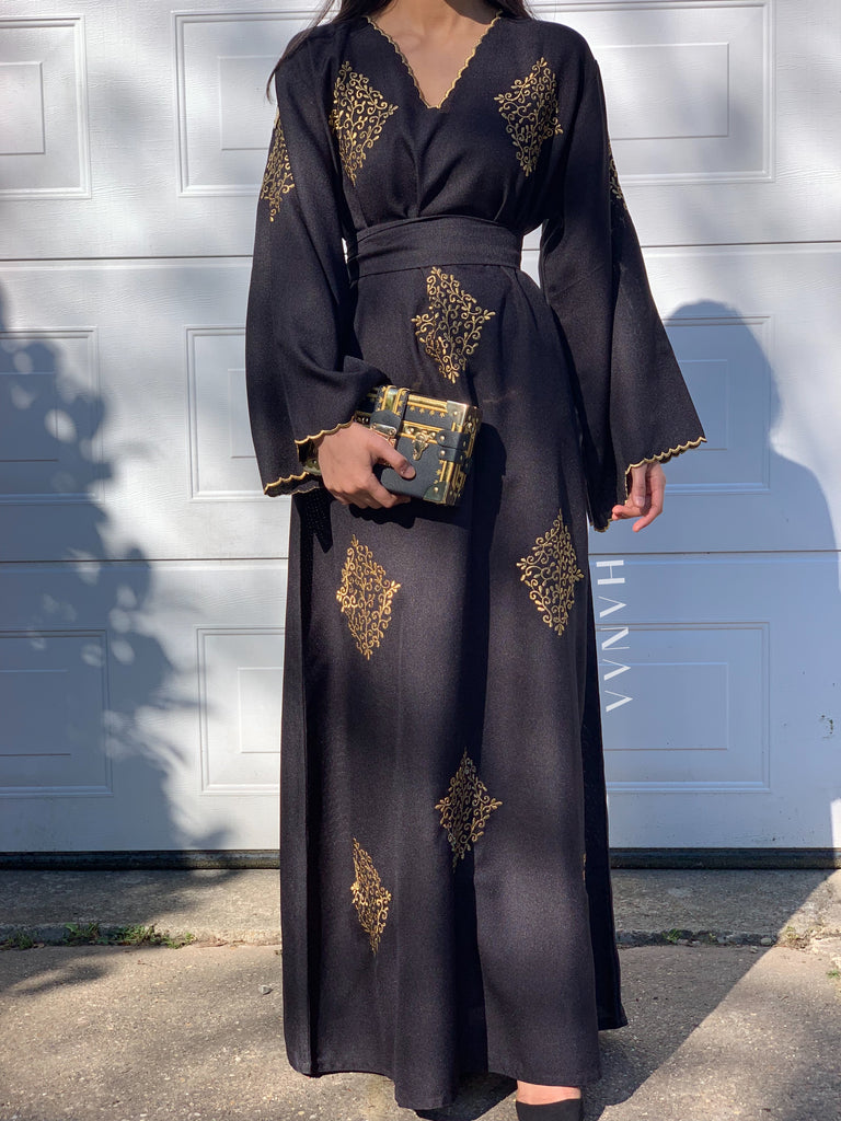 Hawa Embroidered Closed Abaya