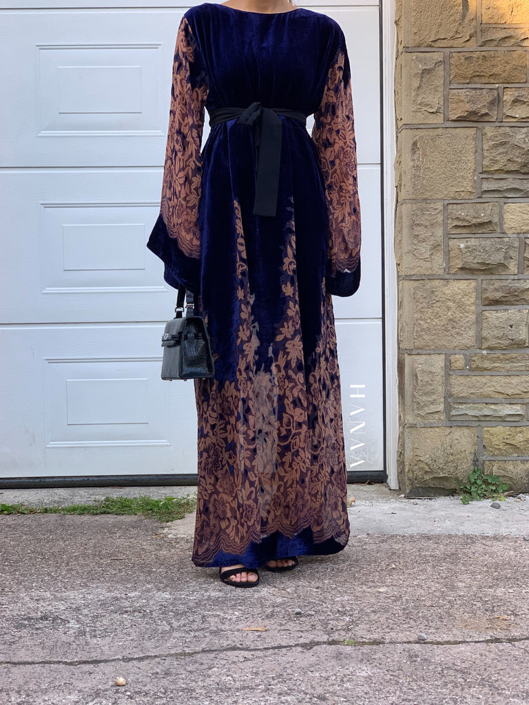 Laylah Velvet Closed Abaya - Navy