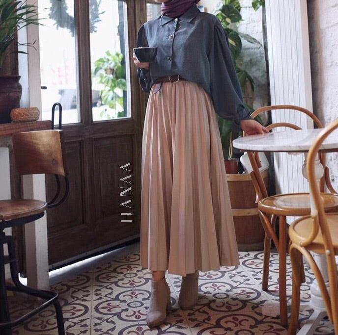 VELVET PLEAT SKIRT - Blush Pink - RTD