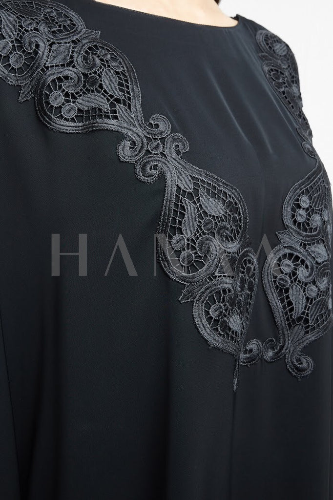 Asma Embroidered Bisht Abaya
