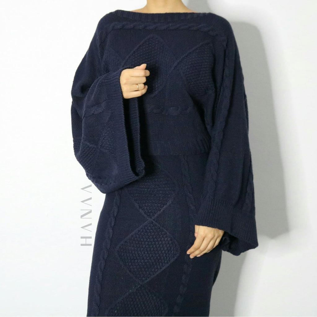 FLARED SLEEVE KNIT MIDI CO ORD SET - Navy