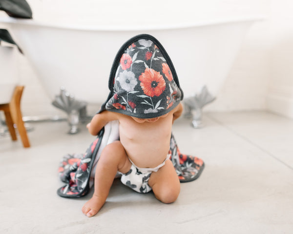 Knit Hooded Towel - Poppy