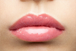 Here's-How-To-Heal-Your-Dry-Chapped-Lips-Naturally