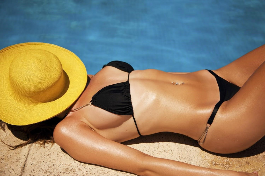 Tips & Tricks To Get The Best Sun Tan… Safely!