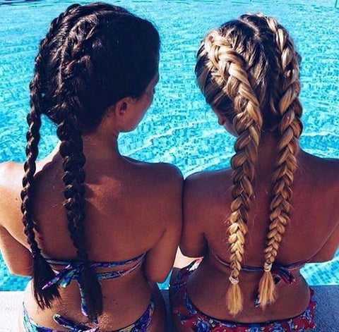 The Easiest Hairstyles to Wear at The Beach
