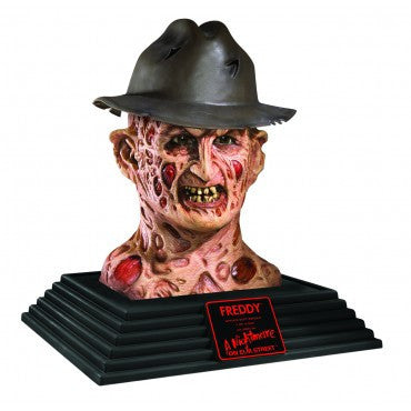 Freddy Krueger Display Bust - HalloweenCostumes4U.com - Decorations