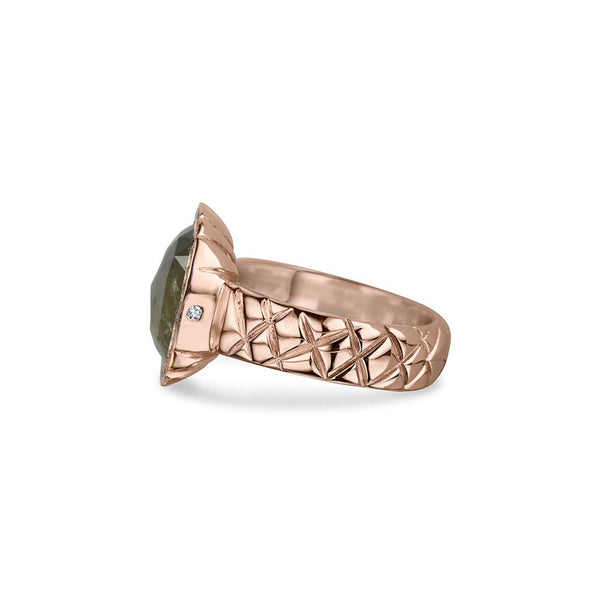 Crafted in 14KT rose gold, this ring features a diamond halo with a grey rose-cut cushion diamond centre and a quilted band.
