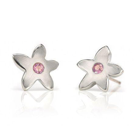 Crafted in 14KT white gold, these stud earrings each feature a flower with a pink sapphire centre.