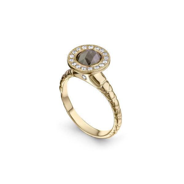 Crafted in 14KT yellow gold, this ring features a diamond halo with a grey rose-cut diamond centre and a quilted band.