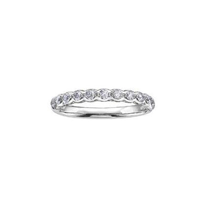 Ring fashioned from 18kt Pure White™ set with round brilliant-cut Canadian diamonds.