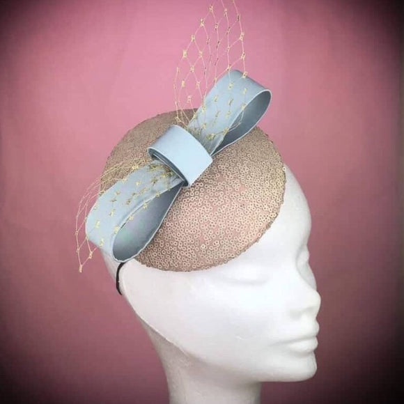 Gold bow fascinator