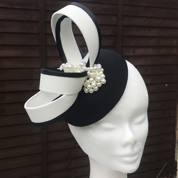 Black and ivory pearl fascinator