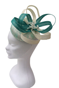 Mint and cream fascinator