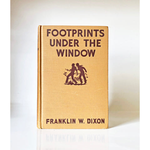 Footprints under the Window by Franklin W. Dixon ; illustrated by J. Clemens Gretta