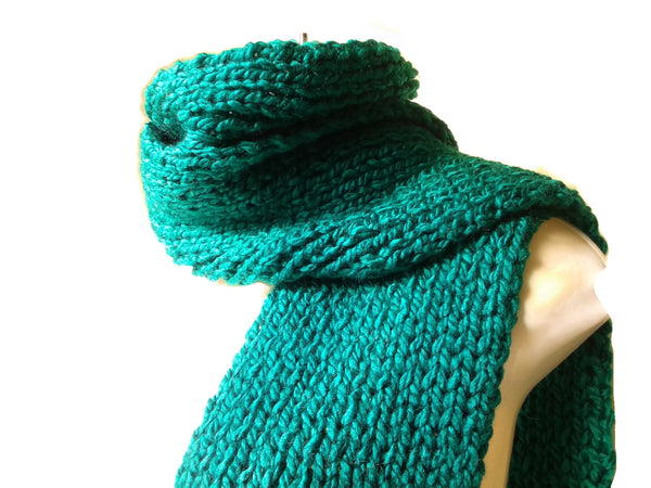 emerald green knit scarf