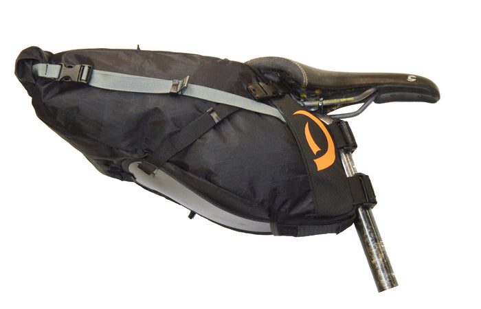 Side view of black medium Pearl Pass seat bag