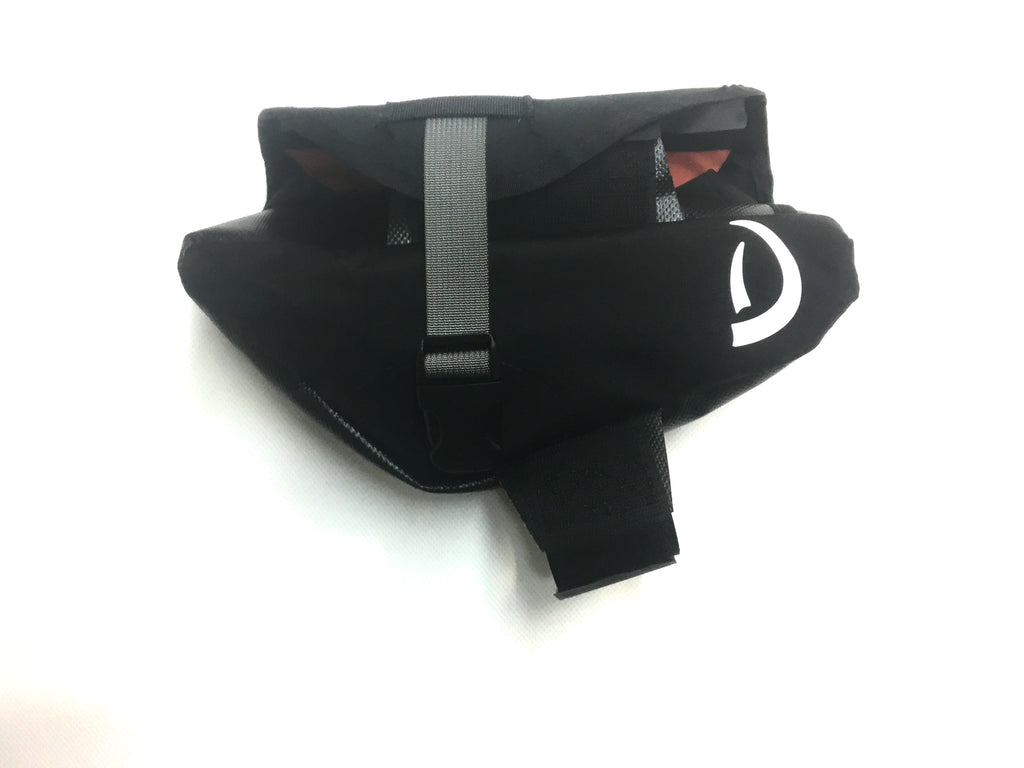 Right-side view of balck partial framebag for Specialized Enduro