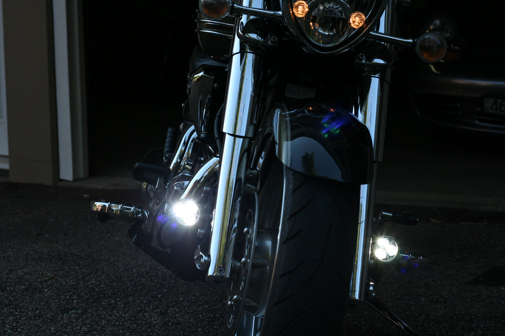 Kawasaki Vulcan with fender mounted Darlas
