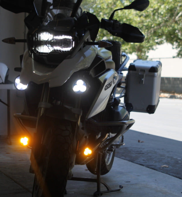 Krista led light clearwater lights r1200gsw with light bar mounted kristas k56 and fork mounted darlas d50 aloadofball Image collections