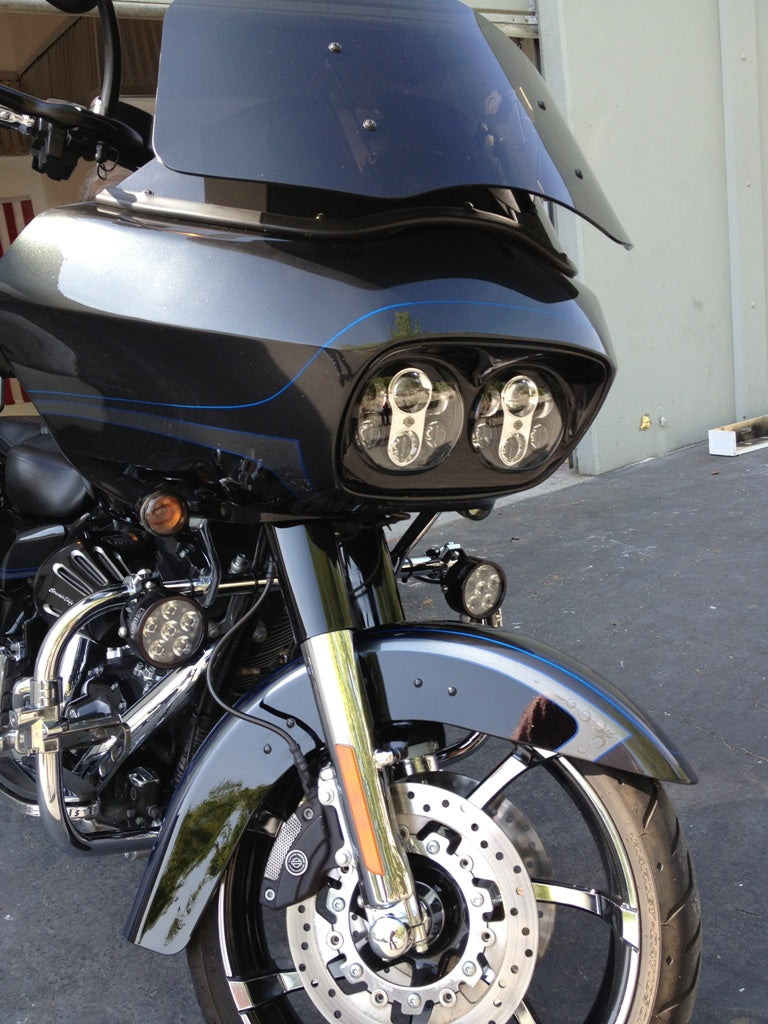 Erica harley davidson clearwater lights ericas mounted to crash bars on a cvo e25 aloadofball Gallery