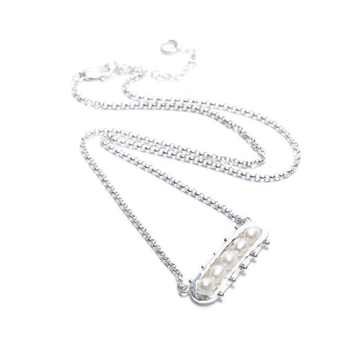 VLM Jewelry Cool White Modern Freshwater Pearl Sterling Silver Quintet Necklace Vanessa Arthur