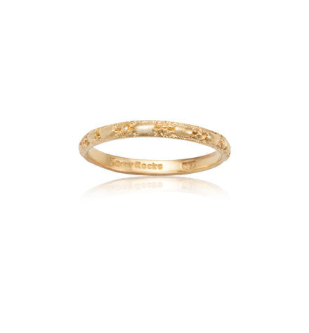 embossed, 9kt, yellow, gold, stack, band, kerry, rocks, jewellery