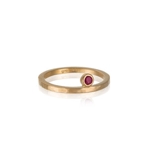 Celeste Ring Ruby, Gold
