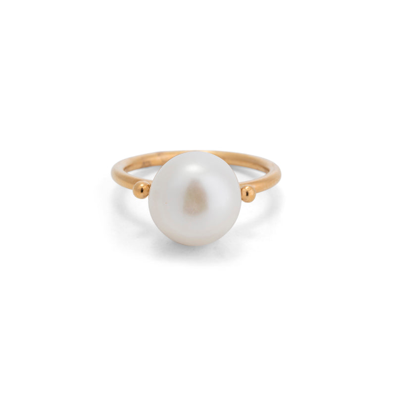 Juno Ring, Freshwater Pearl, Gold
