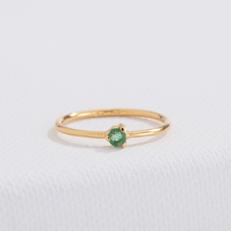 Tiny Ring, Green Onyx, 9kt Yellow Gold