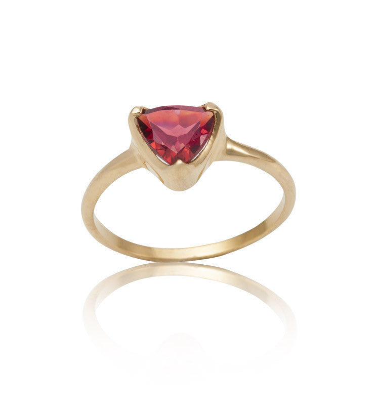 Trillion Ring, Garnet, Gold