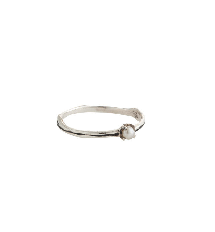 Twig Ring, Pearl, Silver