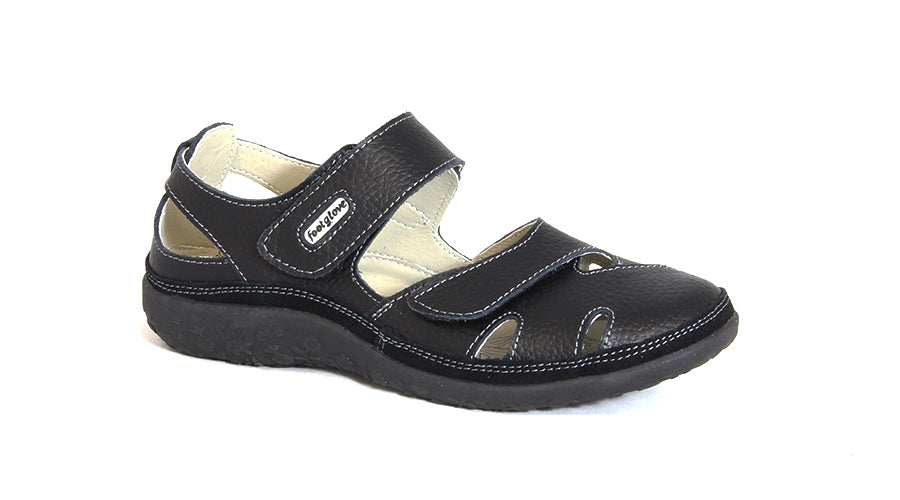 Leisure Comfort Strap Slip On