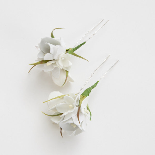 White floral hairpin