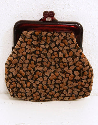 velvet coin purse with leaf design