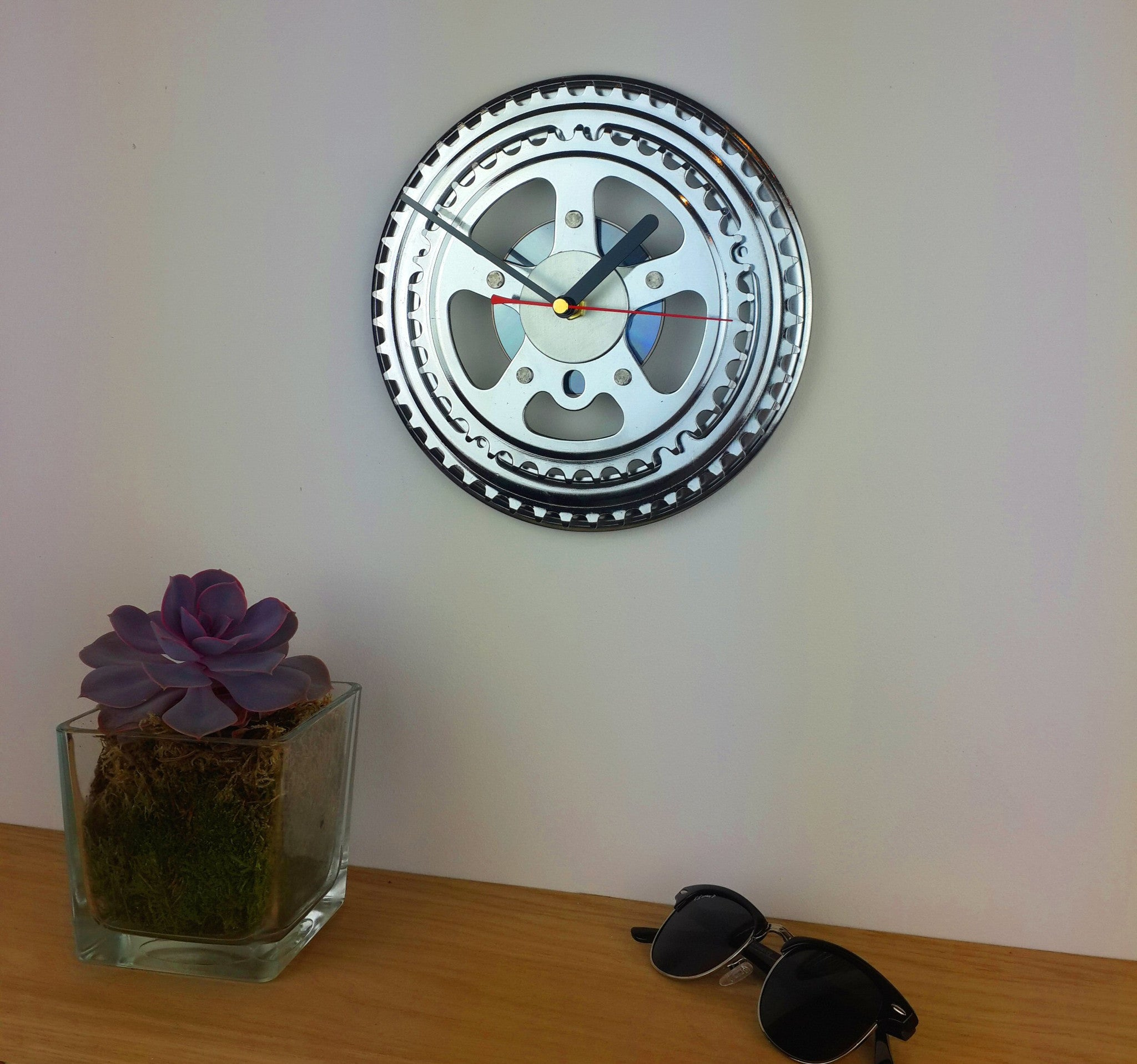 Silver Chainwheel Bicycle Clock