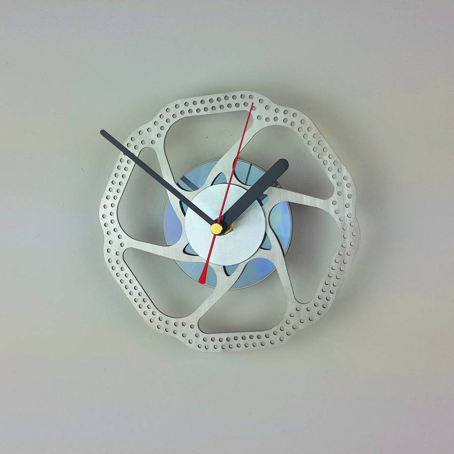 Bicycle brake disc clock