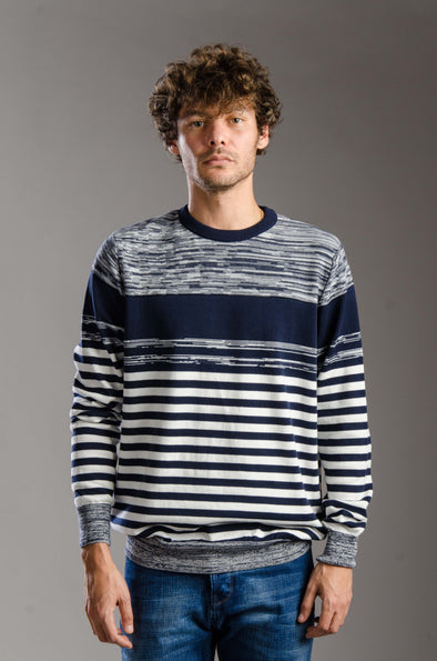 Round Neck Striped Cotton Sweater - Navy Blue  ستره بياقه مستديره و مقلم بانماط مختلفه - Dockland