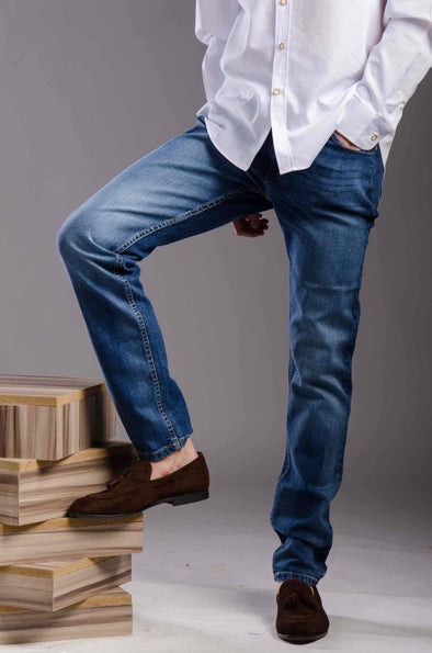 Slim fitted jeans-Light wash - Dockland